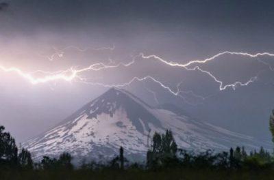 Alerta Meteorológica: Probables tormentas eléctricas desde Antofagasta hasta los Ríos